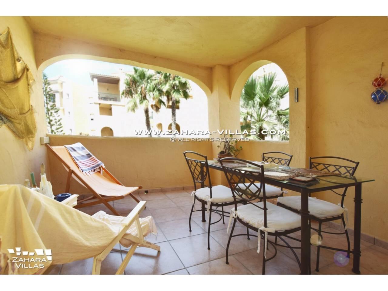 Imagen 2 de Coqueto apartamento en venta en urbanización Jardines de Zahara - Atlanterra