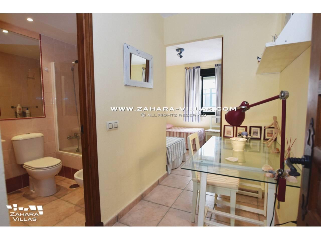 Imagen 7 de Coqueto apartamento en venta en urbanización Jardines de Zahara - Atlanterra