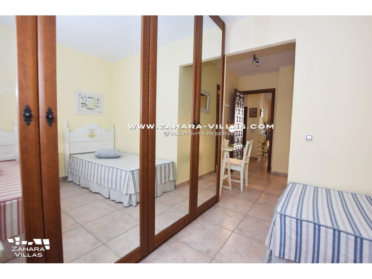 Imagen 12 de Coqueto apartamento en venta en urbanización Jardines de Zahara - Atlanterra