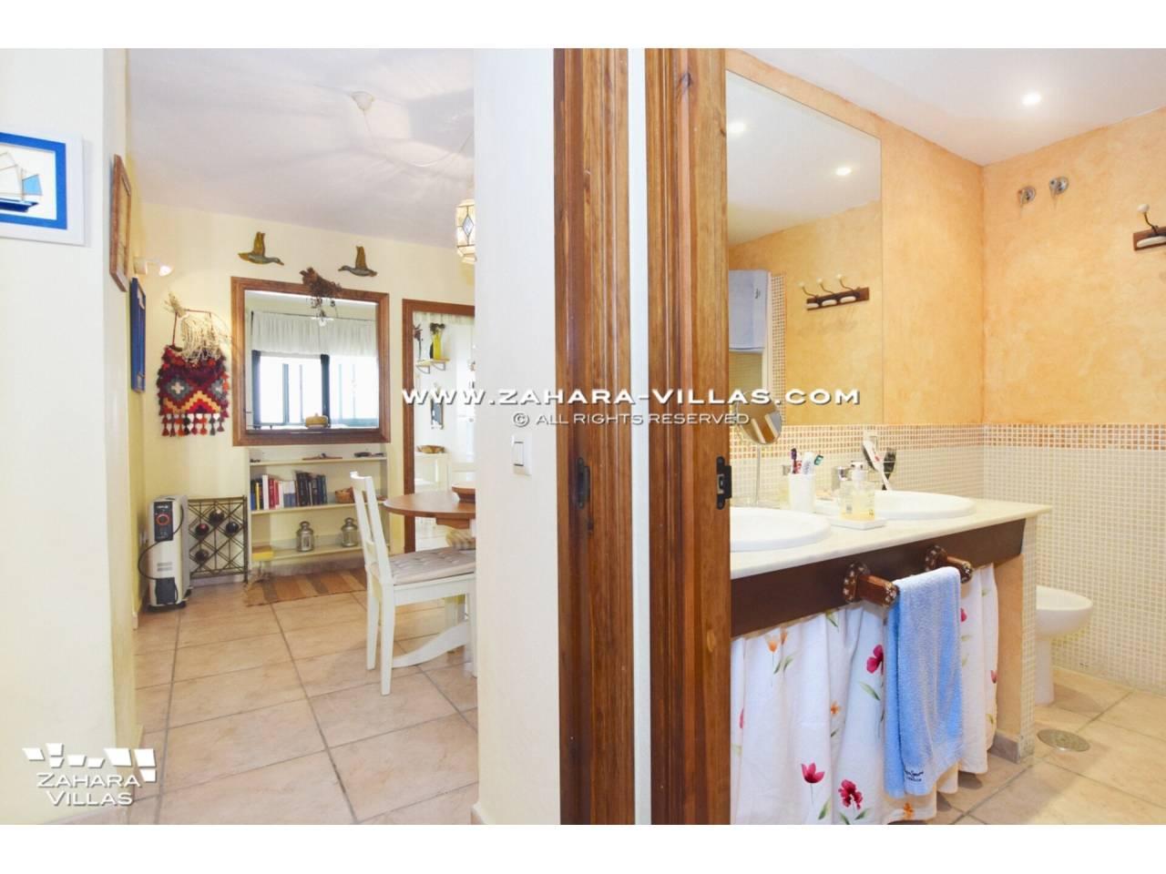 Imagen 8 de Coqueto apartamento en venta en urbanización Jardines de Zahara - Atlanterra