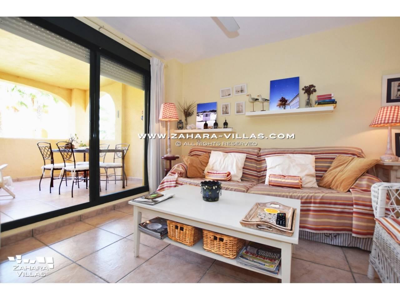 Imagen 1 de Coqueto apartamento en venta en urbanización Jardines de Zahara - Atlanterra