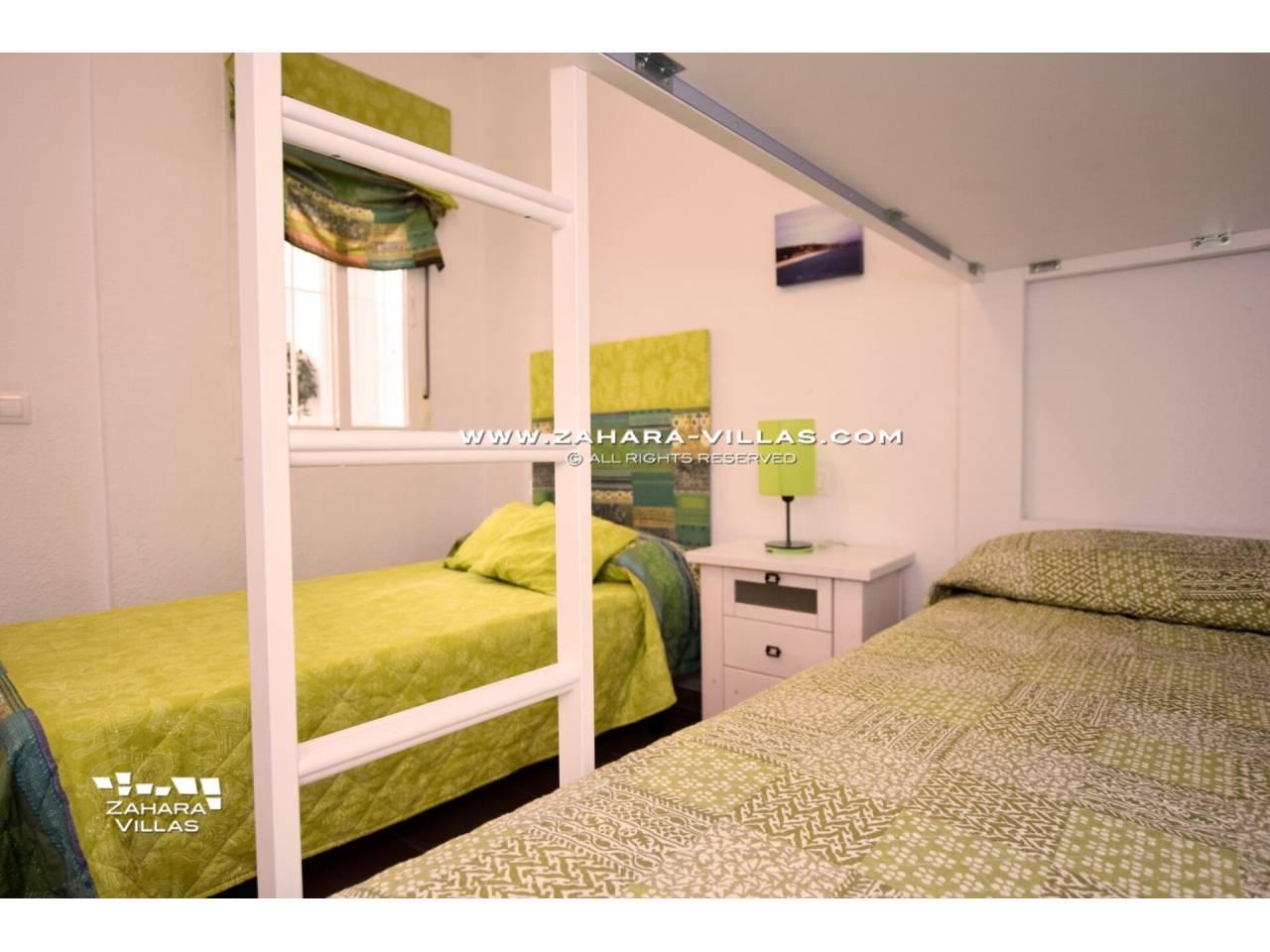 Imagen 11 de Apartamento en Urbanización Zahara-Mar