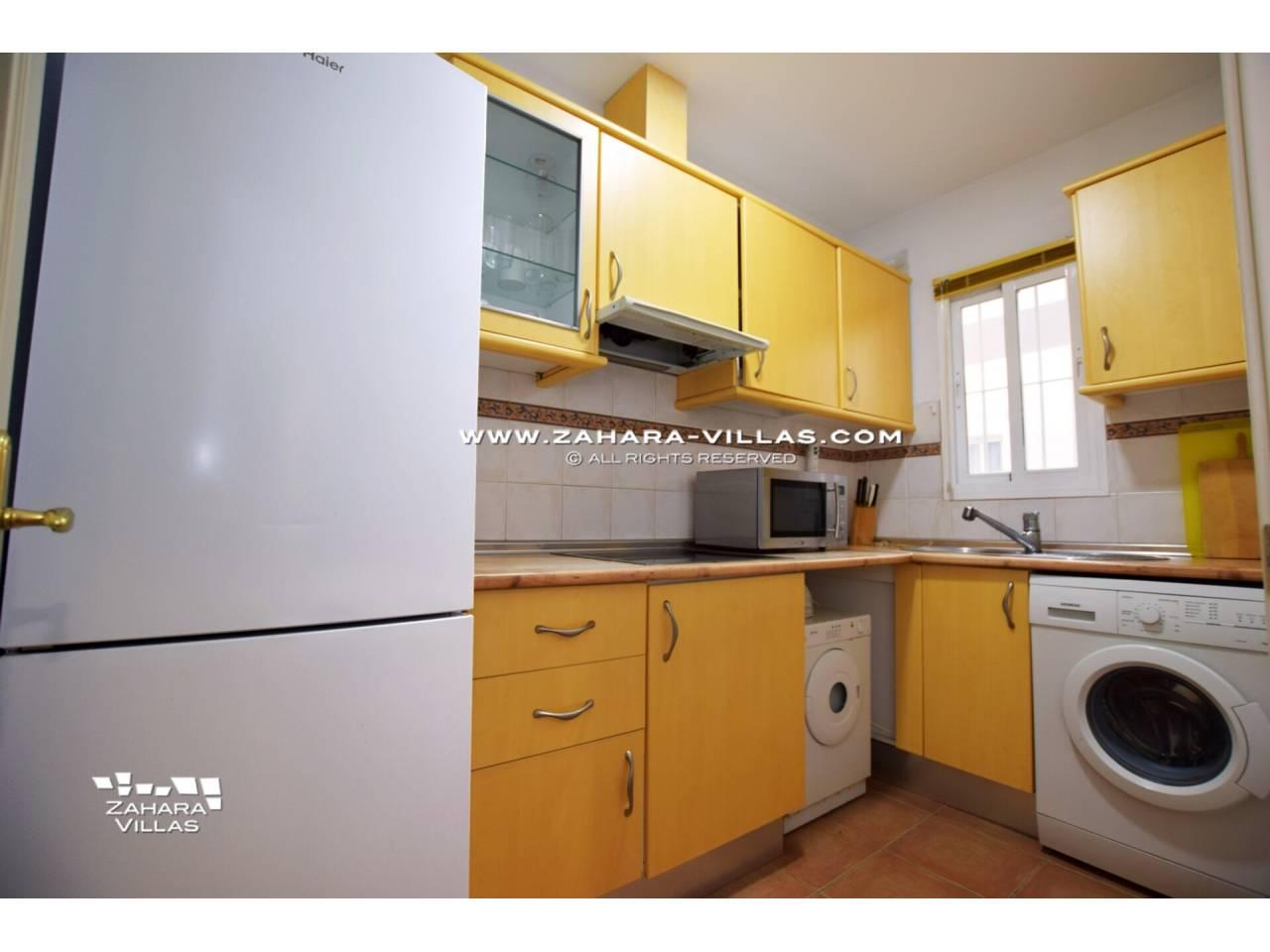 Imagen 12 de Apartamento en Urbanización Zahara-Mar