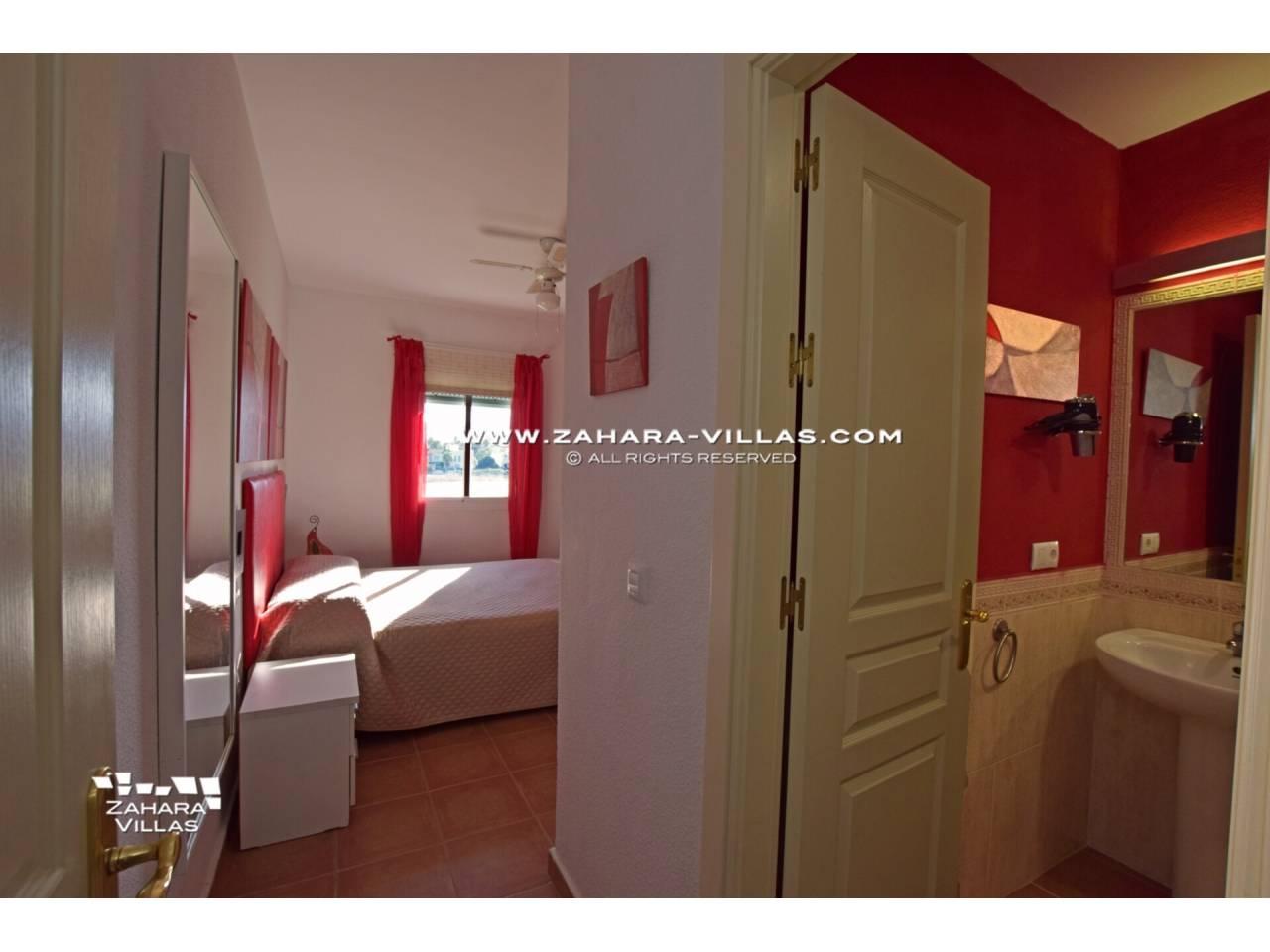 Imagen 17 de Apartamento en Urbanización Zahara-Mar