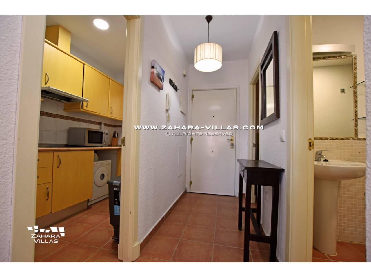 Imagen 20 de Apartamento en Urbanización Zahara-Mar