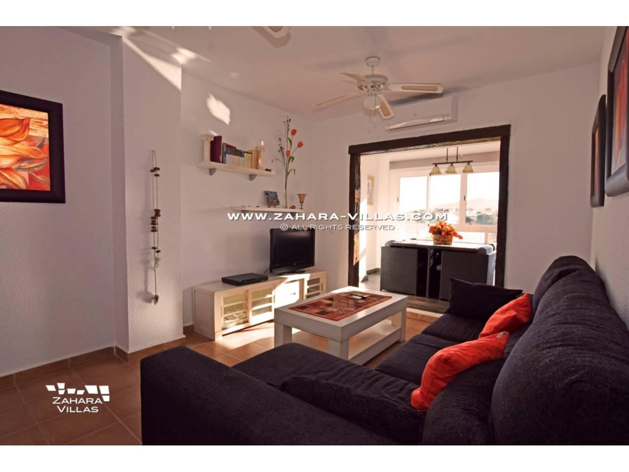 Imagen 2 de Apartamento en Urbanización Zahara-Mar