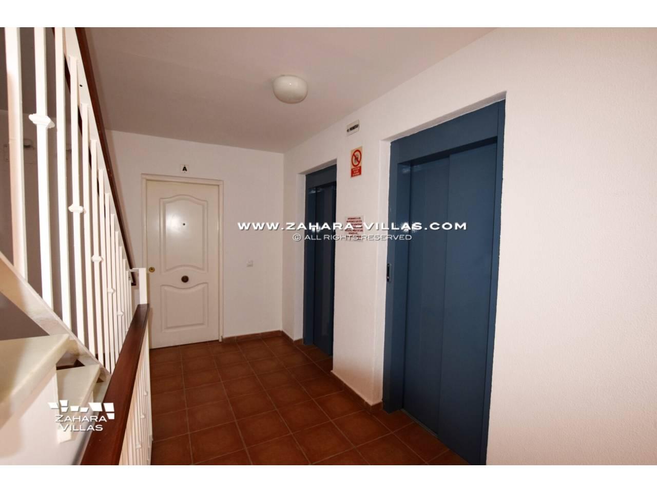 Imagen 23 de Apartamento en Urbanización Zahara-Mar