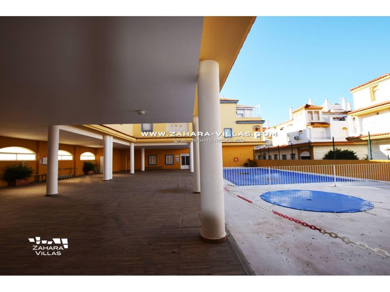 Imagen 24 de Apartamento en Urbanización Zahara-Mar
