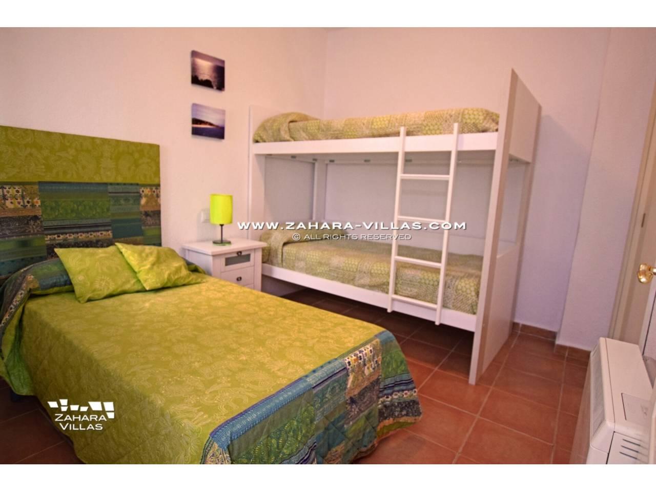 Imagen 10 de Apartamento en Urbanización Zahara-Mar