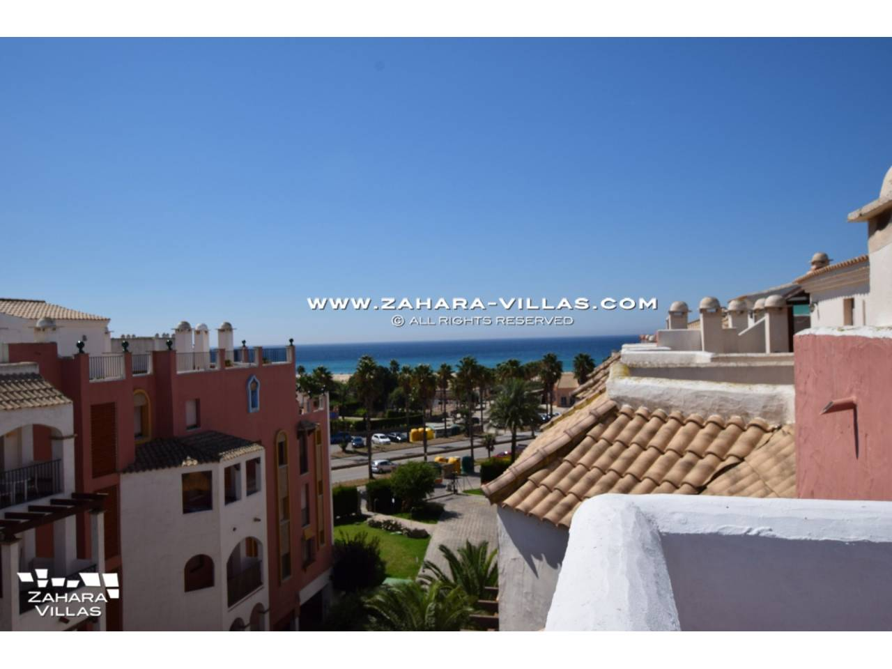 Imagen 7 de Penthouse apartment with excellent views to the sea.