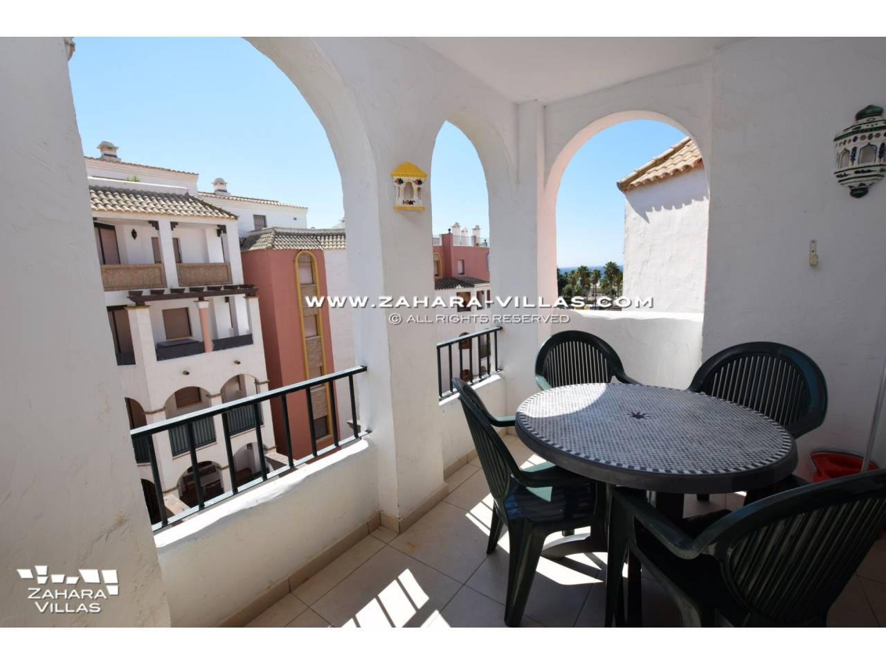 Imagen 13 de Penthouse apartment with excellent views to the sea.