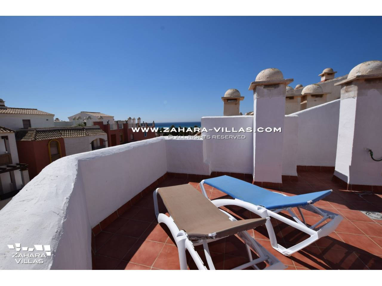 Imagen 1 de Penthouse apartment with excellent views to the sea.
