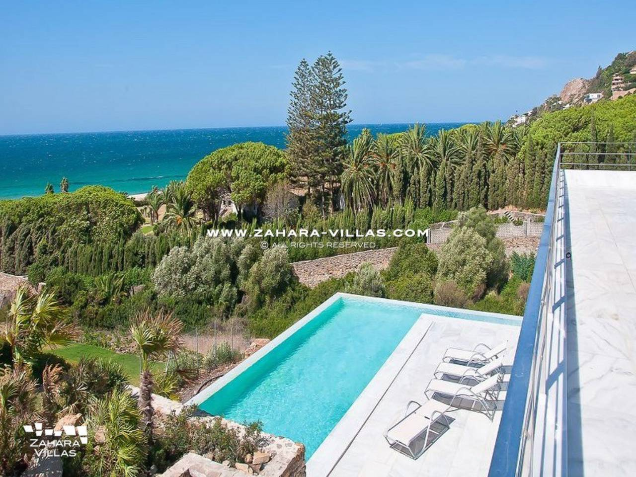 Imagen 1 de Wonderful Villa for sale with sea views in the beach Los Alemanes