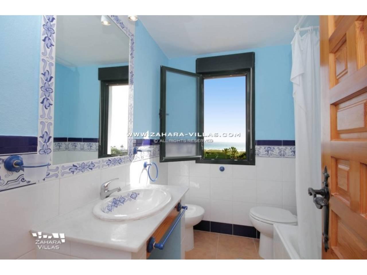 Imagen 9 de Magnifico Atico 4 dormitorios, 2 baños con plaza de garaje