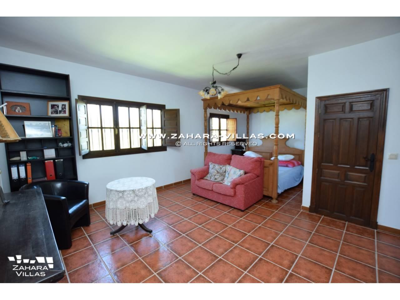 Imagen 29 de House for sale in Zahora ( Los Caños de Meca )