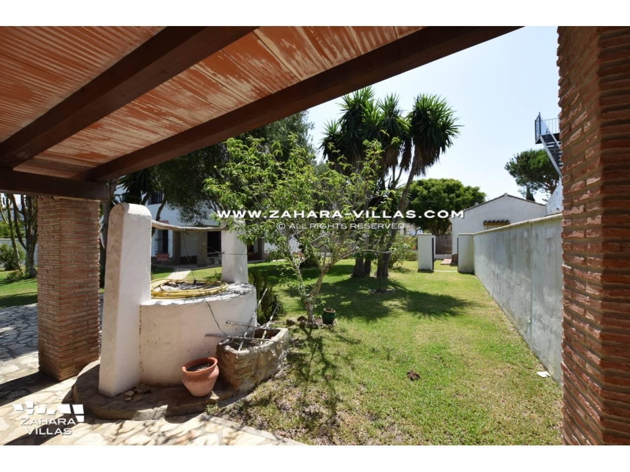 Imagen 4 de House for sale in Zahora ( Los Caños de Meca )