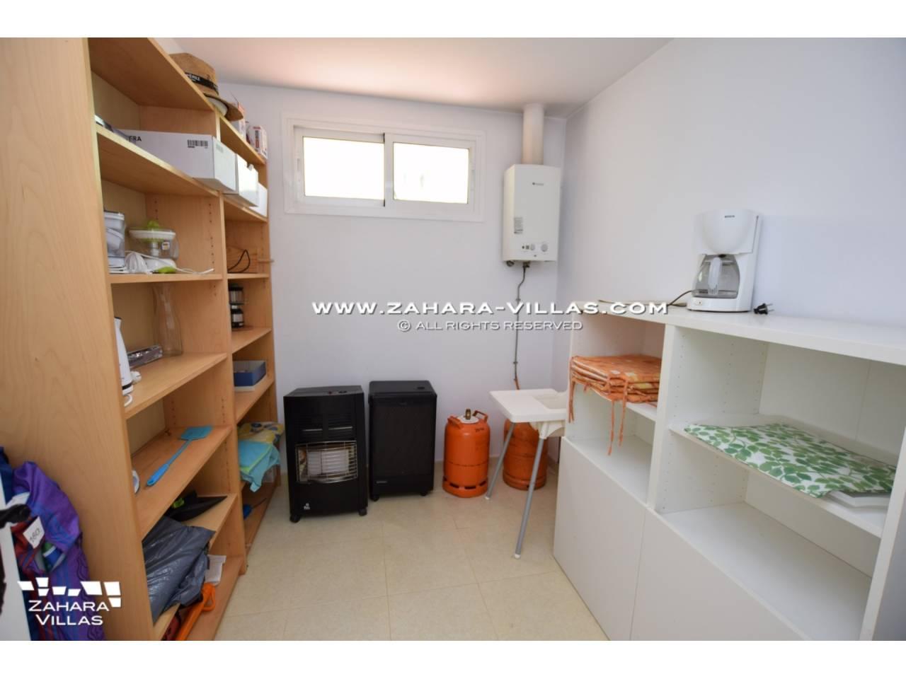 Imagen 17 de House for sale in Zahora ( Los Caños de Meca )