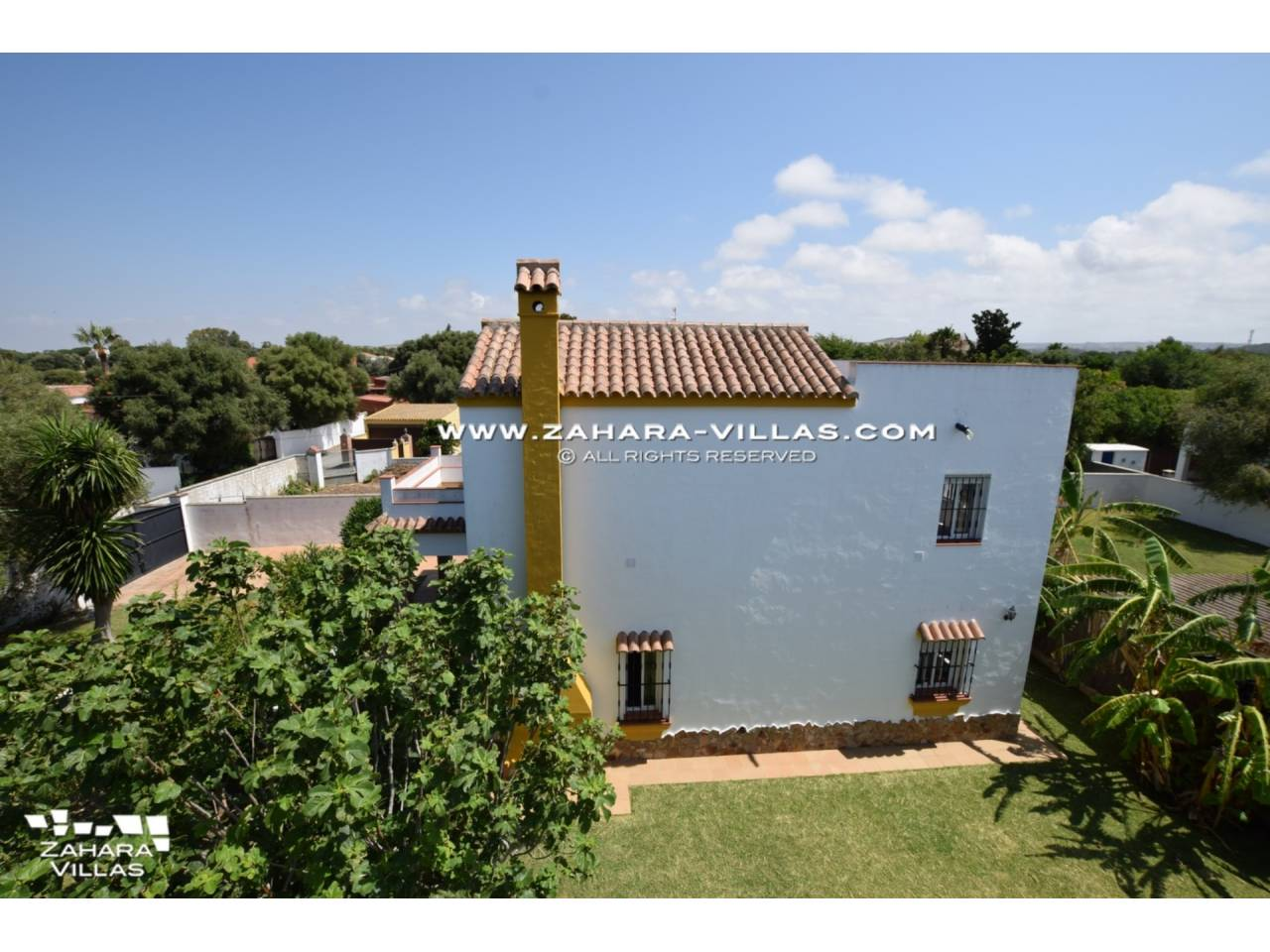 Imagen 2 de House for sale in Zahora ( Los Caños de Meca )