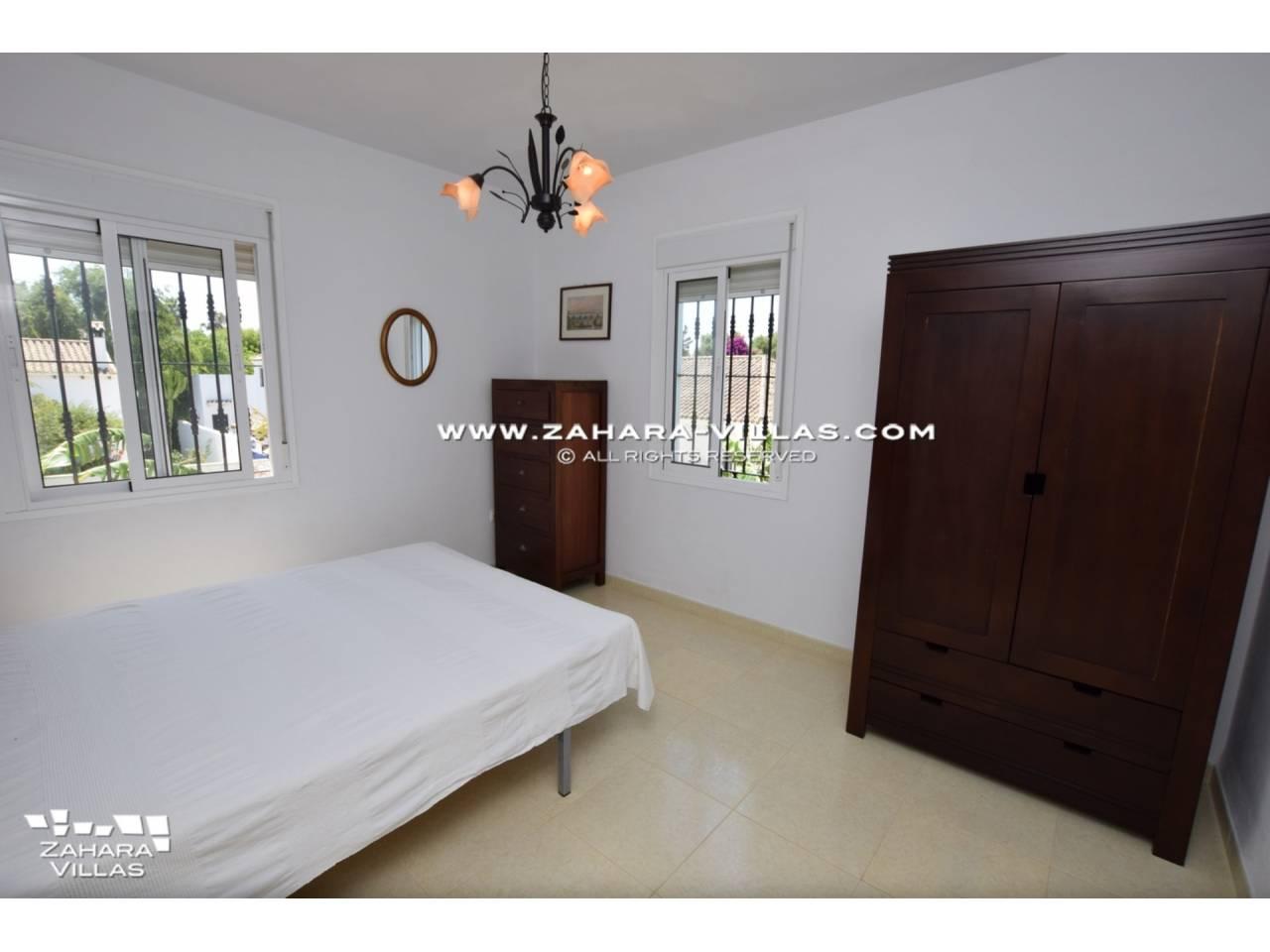 Imagen 25 de House for sale in Zahora ( Los Caños de Meca )