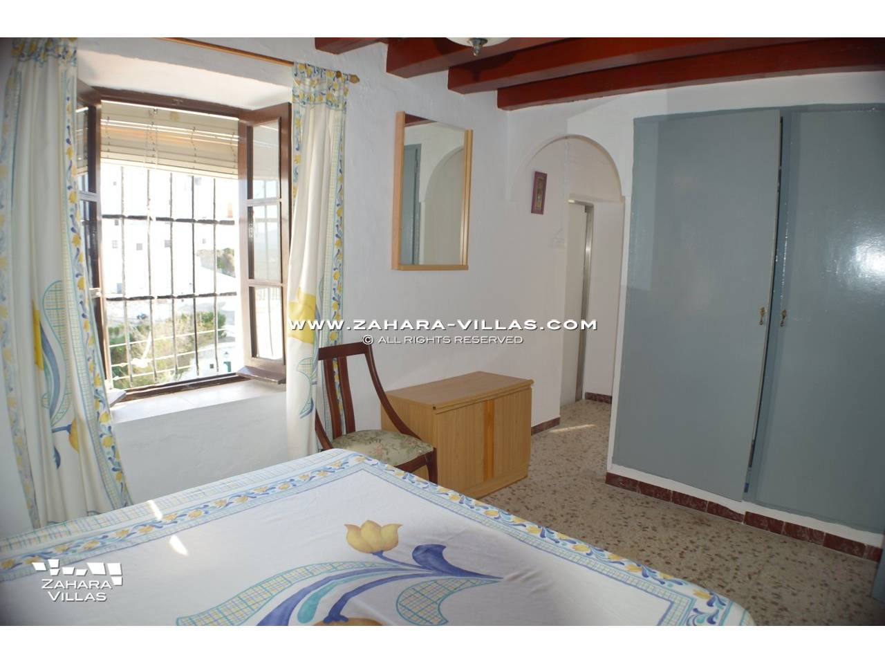 "Imagen 8 de House a few meters from the famous""Plaza de los Pescaitos"" in old town of Vejer"