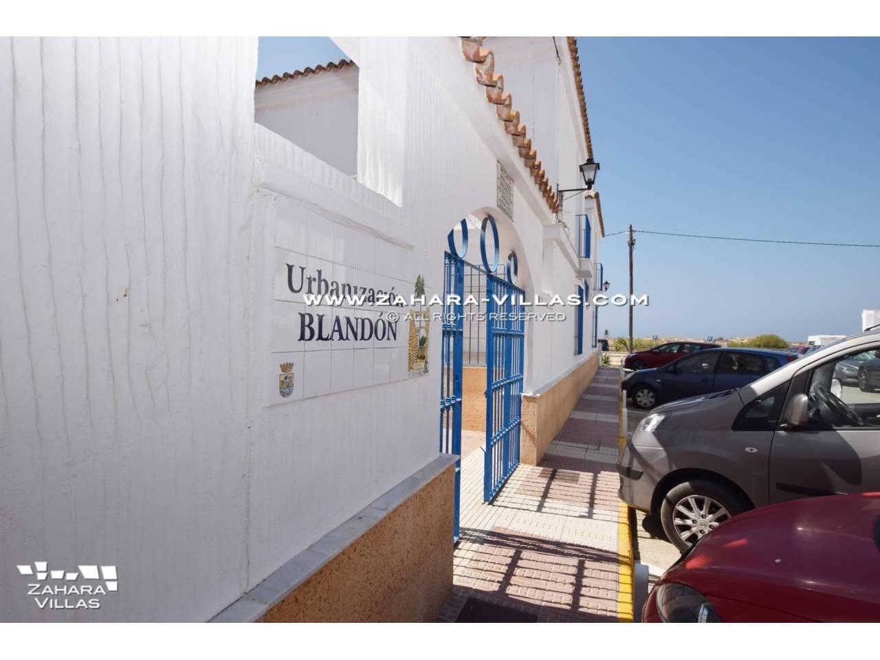 Imagen 18 de Adosado en el pueblo urbanización Blandon Zahara de los Atunes