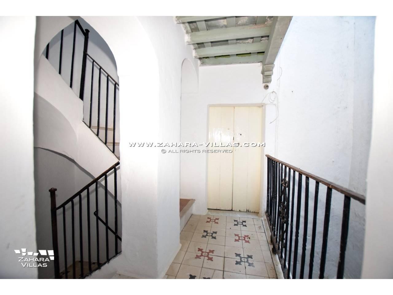 Imagen 7 de Historic buildings for sale in Vejer de la Frontera are sold