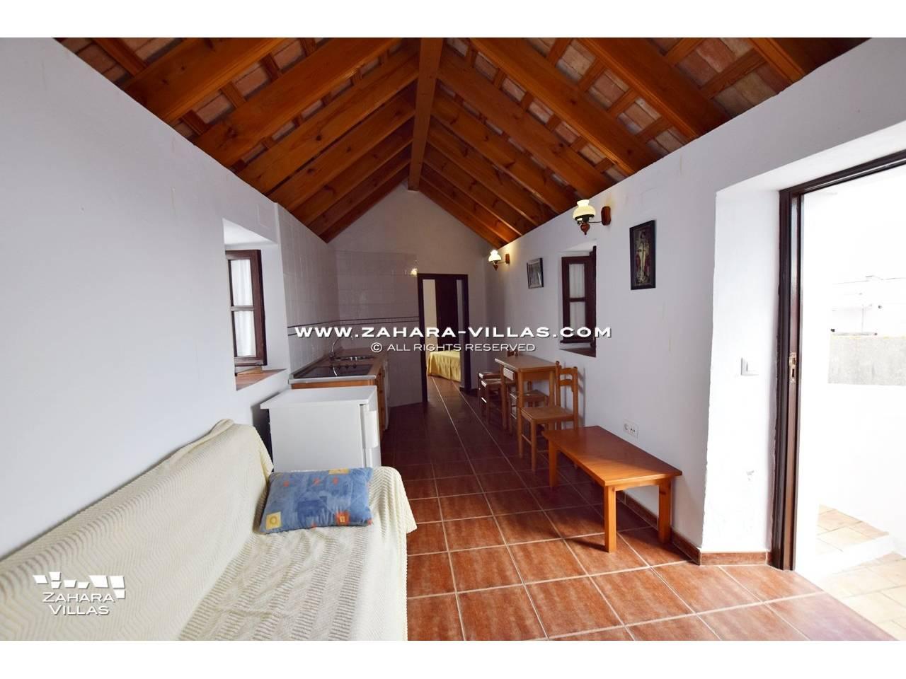 Imagen 3 de House, Apartment and Plot to build in the historic center of Vejer de la Frontera