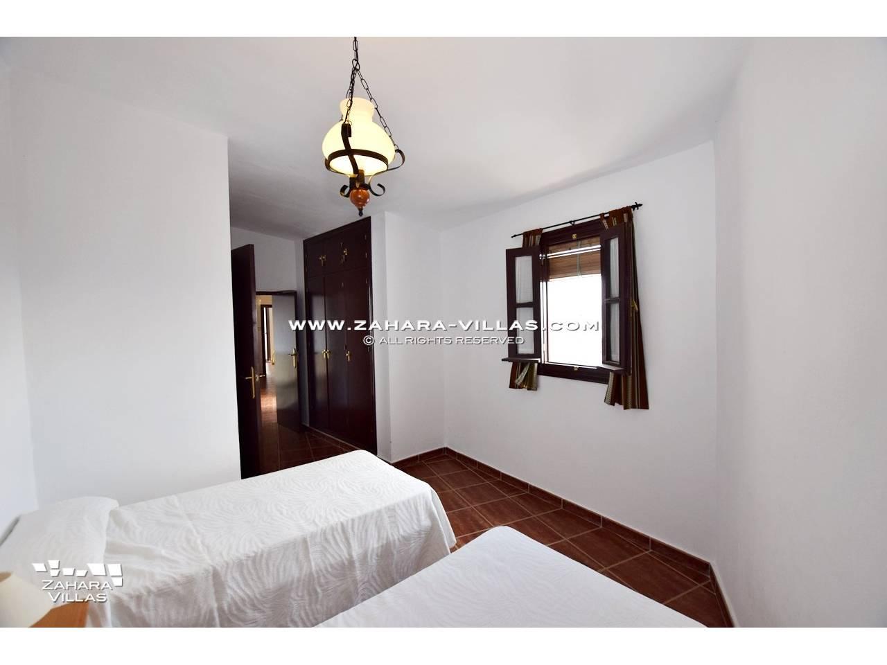 Imagen 6 de House, Apartment and Plot to build in the historic center of Vejer de la Frontera