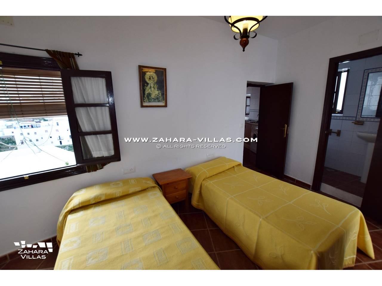 Imagen 7 de House, Apartment and Plot to build in the historic center of Vejer de la Frontera