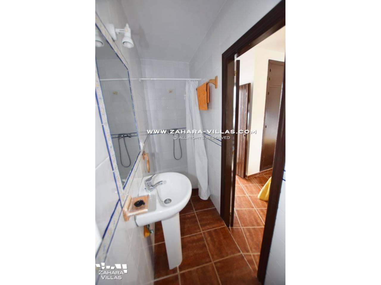 Imagen 8 de House, Apartment and Plot to build in the historic center of Vejer de la Frontera