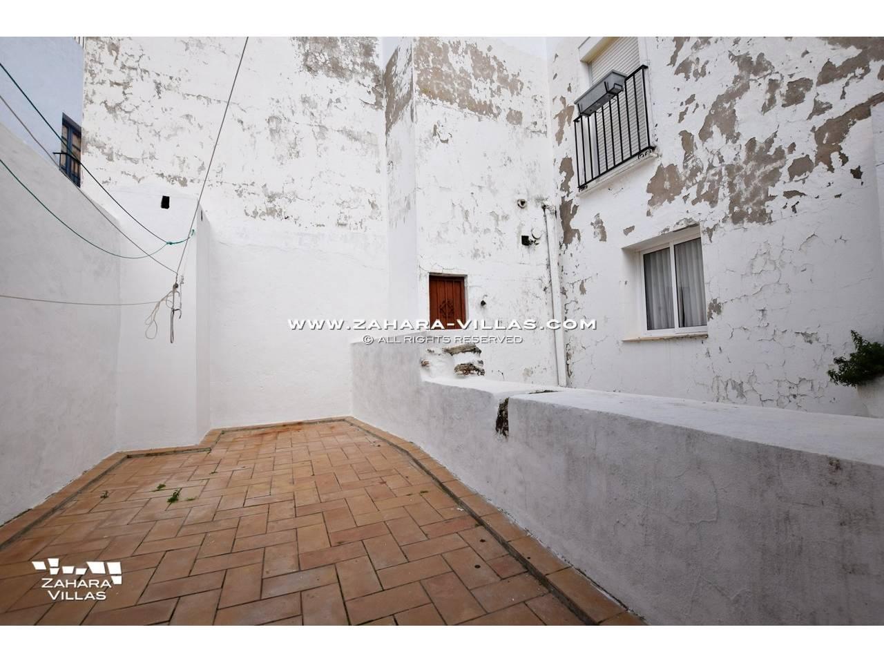 Imagen 9 de House, Apartment and Plot to build in the historic center of Vejer de la Frontera
