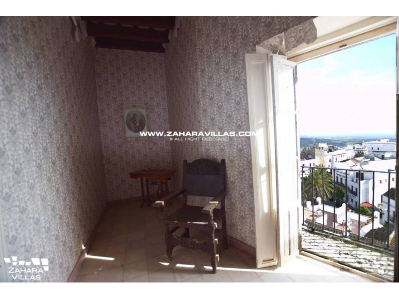 Imagen 10 de Fabulous house, ripe for refurbishment, in the centre of Vejer de la Frontera.