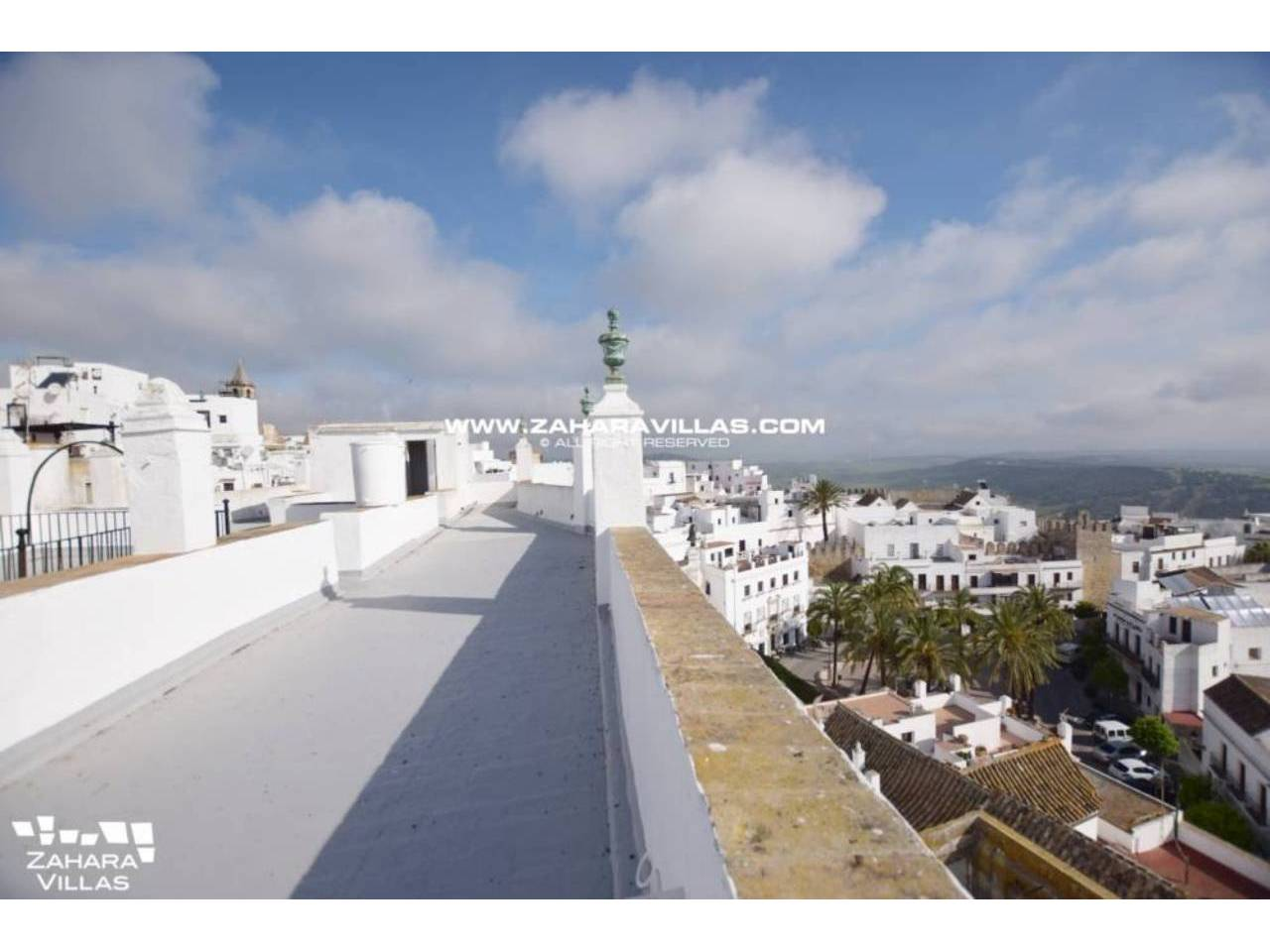 Imagen 13 de Fabulous house, ripe for refurbishment, in the centre of Vejer de la Frontera.