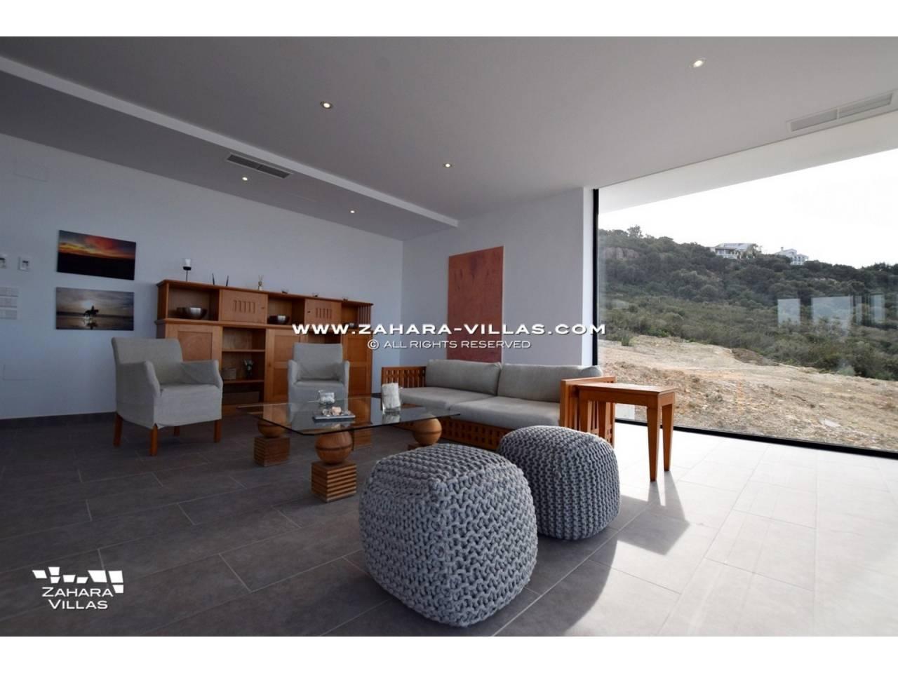 Imagen 16 de Newly built villa with panoramic views.