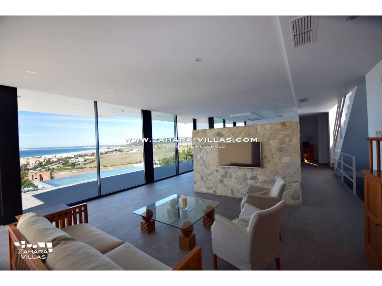 Imagen 17 de Newly built villa with panoramic views.