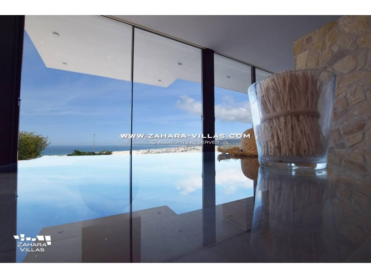 Imagen 18 de Newly built villa with panoramic views.