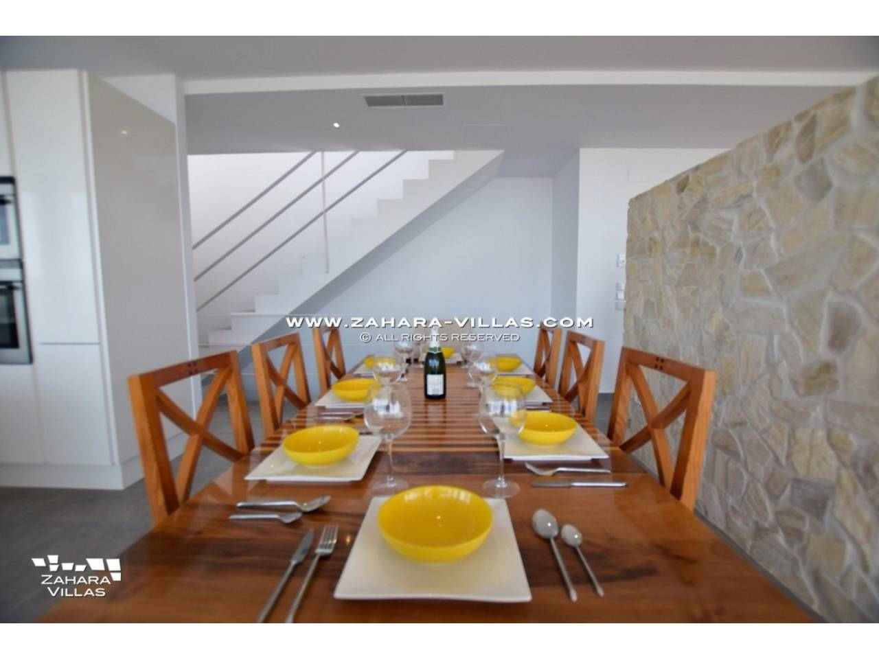 Imagen 25 de Newly built villa with panoramic views.
