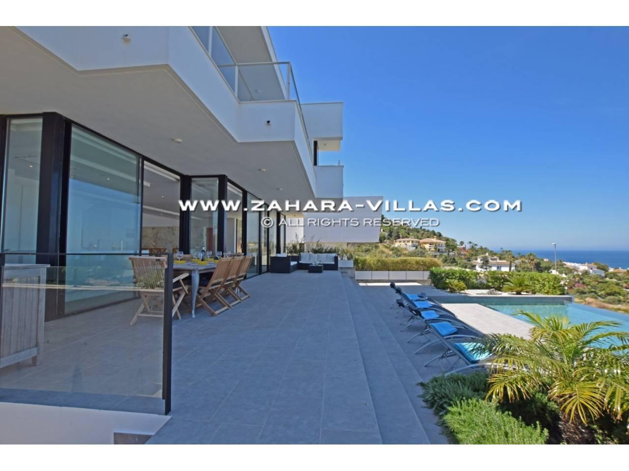 Imagen 3 de Newly built villa with panoramic views.
