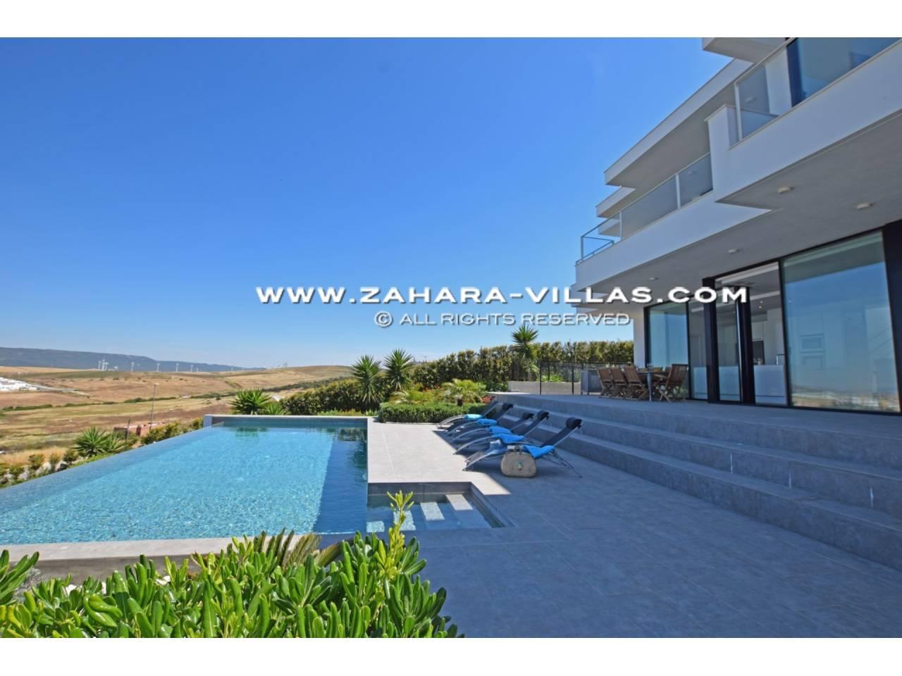 Imagen 33 de Newly built villa with panoramic views.