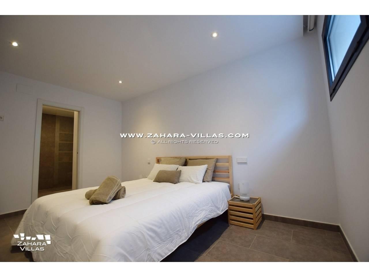 Imagen 9 de Newly built villa with panoramic views.