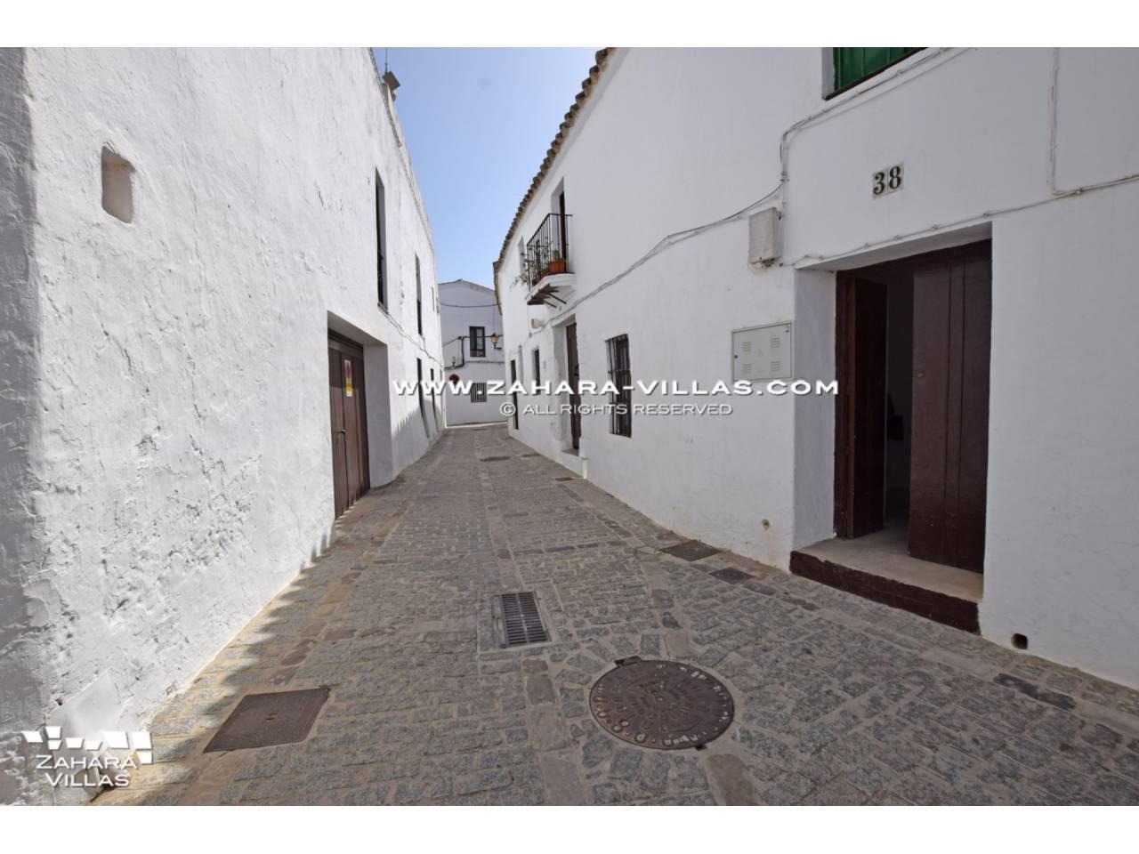 Imagen 45 de Coquetos estudios totalmente reformados en pleno centro histórico de Vejer de la Frontera