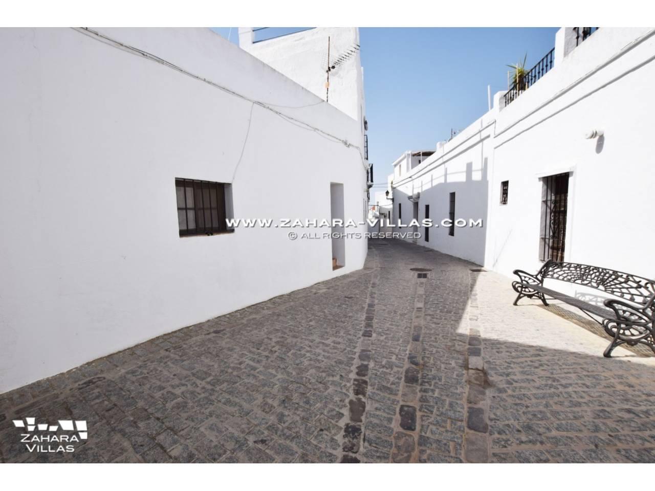 Imagen 46 de Coquetos estudios totalmente reformados en pleno centro histórico de Vejer de la Frontera