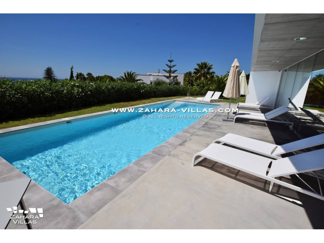Imagen 2 de Villa for sale in Atlanterra