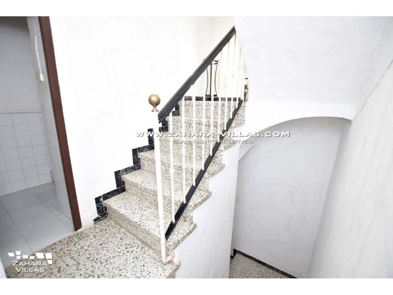 Imagen 16 de House for sale located in pedestrian street of Vejer de la Frontera