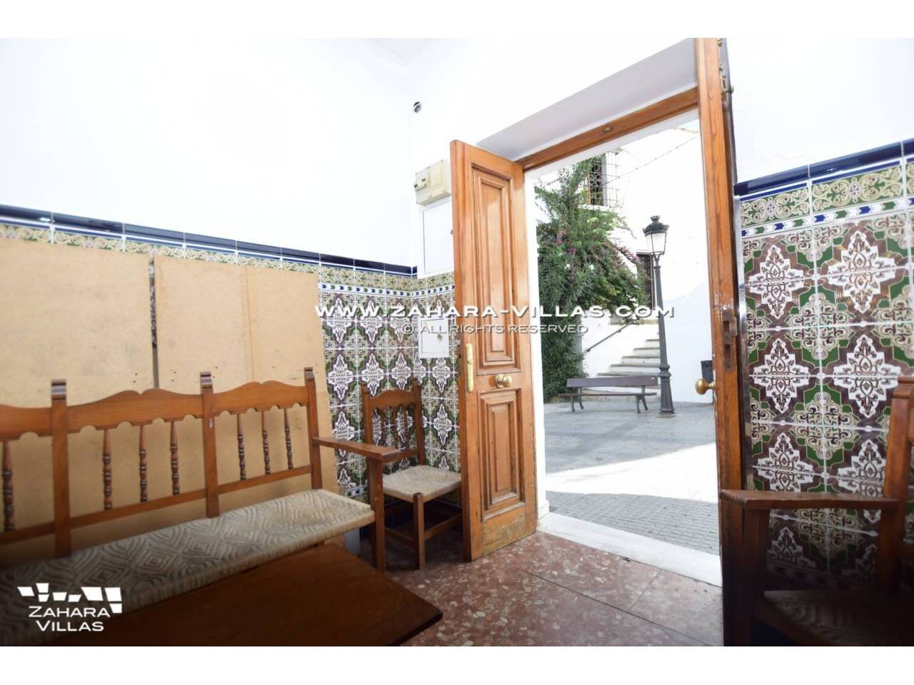 Imagen 2 de House for sale located in pedestrian street of Vejer de la Frontera