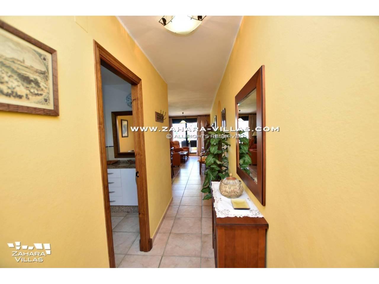 Imagen 2 de Apartamento en venta en urbanización Jardines de Zahara