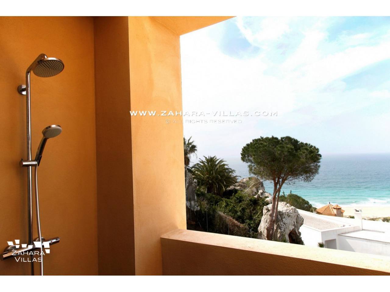 Imagen 22 de Beautiful Villa with sea views in Atlanterra