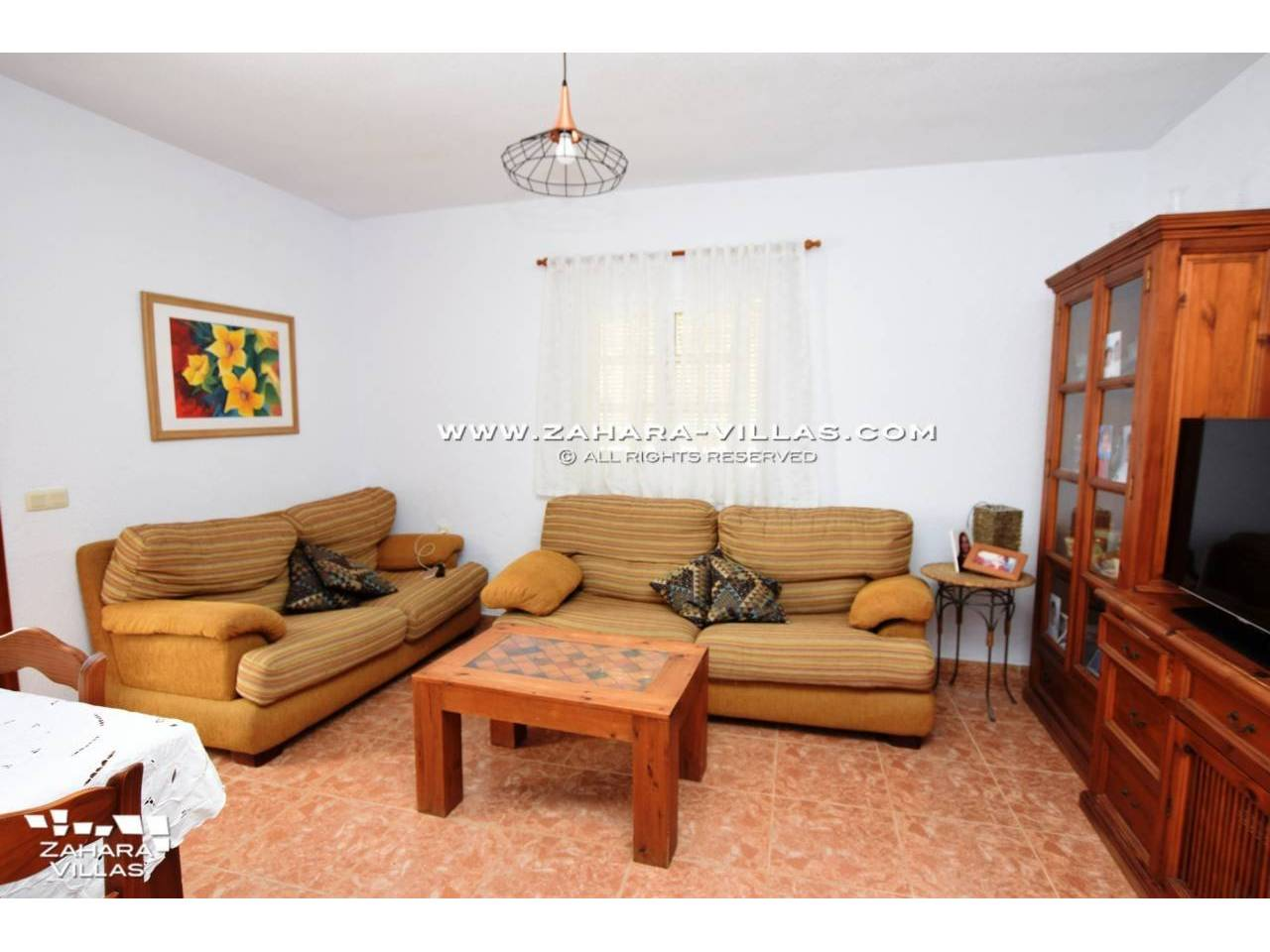 Imagen 12 de House in Avda. Del Pradillo for sale in the town of Zahara de los Atunes