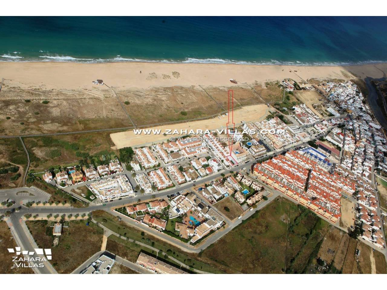 Imagen 1 de House in Avda. Del Pradillo for sale in the town of Zahara de los Atunes