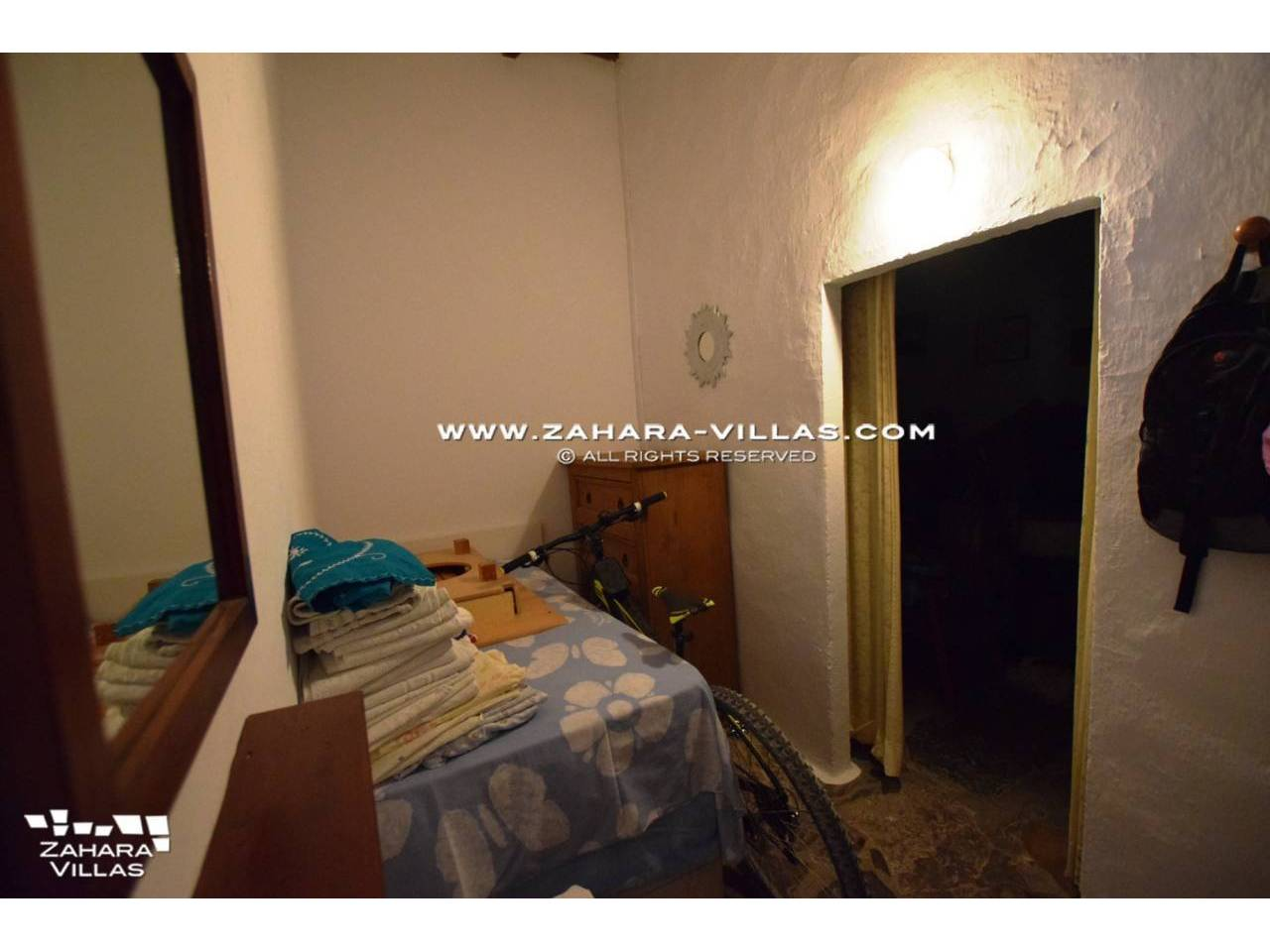 Imagen 6 de House in Avda. Del Pradillo for sale in the town of Zahara de los Atunes